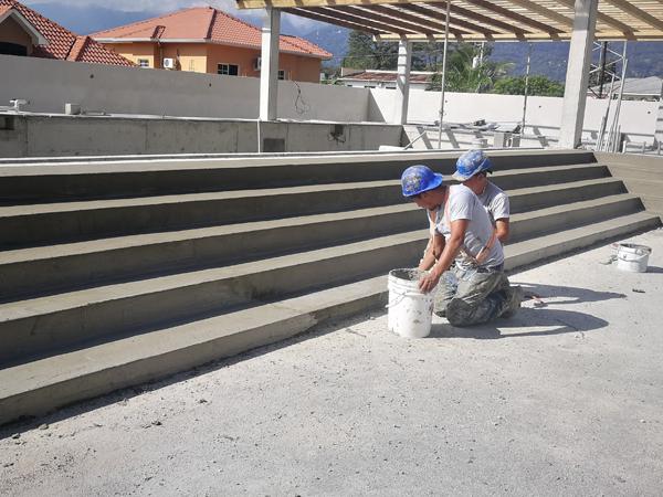 Lodret og vandret konstruktiv betonreparations- mørtel, R4